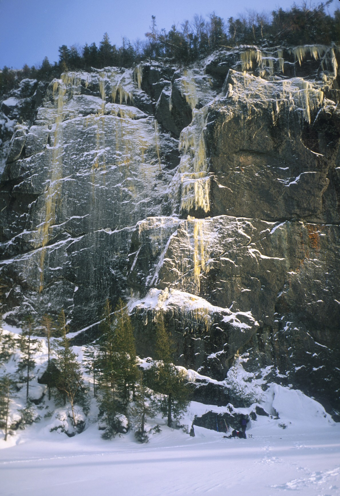 The Matrix buttress at Avalanche Lake