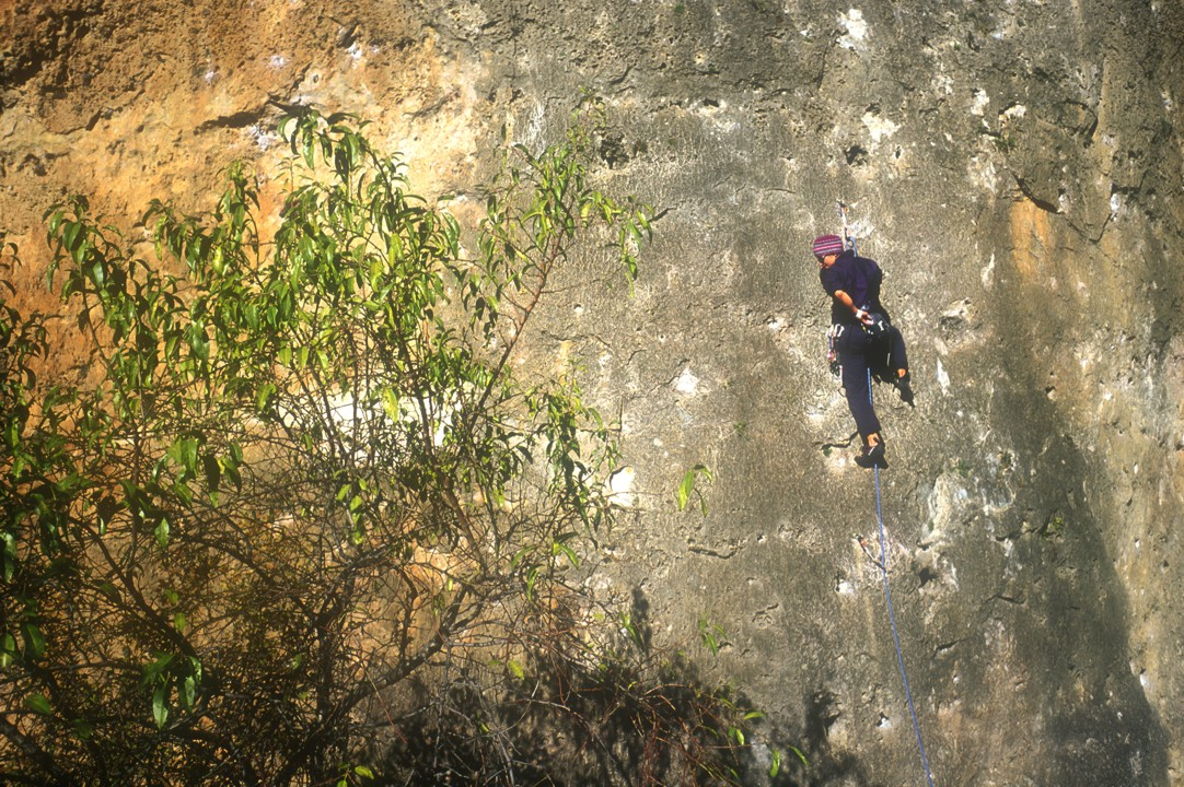 Yet another limestone face climb in Cuenca