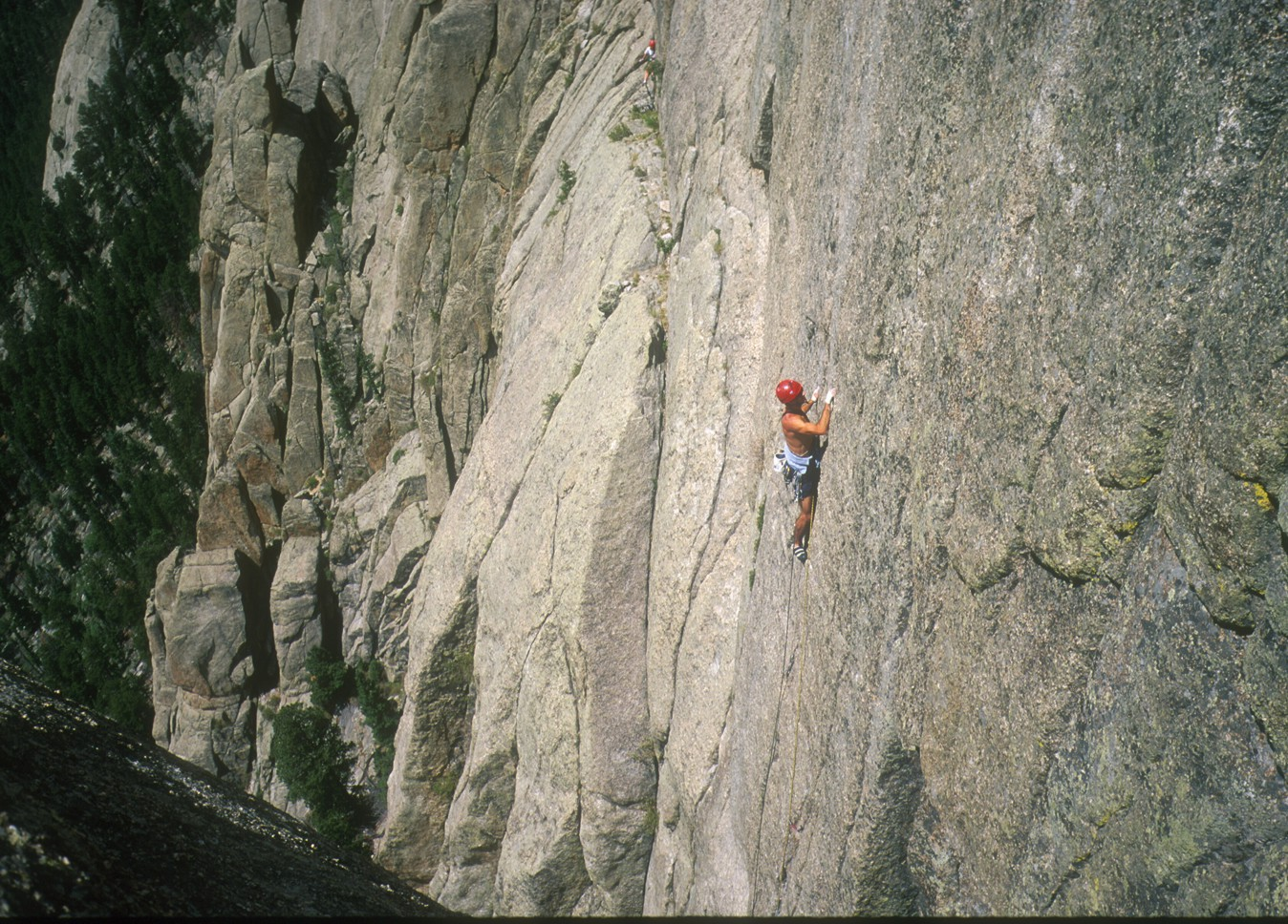 Leading the awesome finger crack of Cheap Date; this route makes a great alternative finish to Fat City