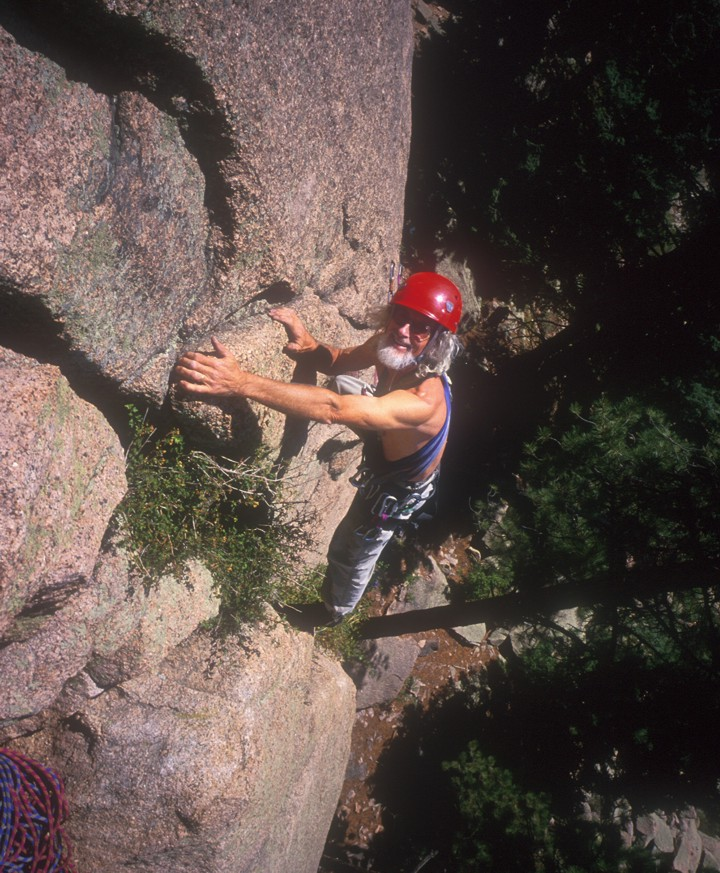 Reaching the belay on the first pitch of Deception Past